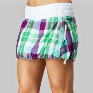 Lululemon RARE Run Tracker Skirt Foxy Plaid